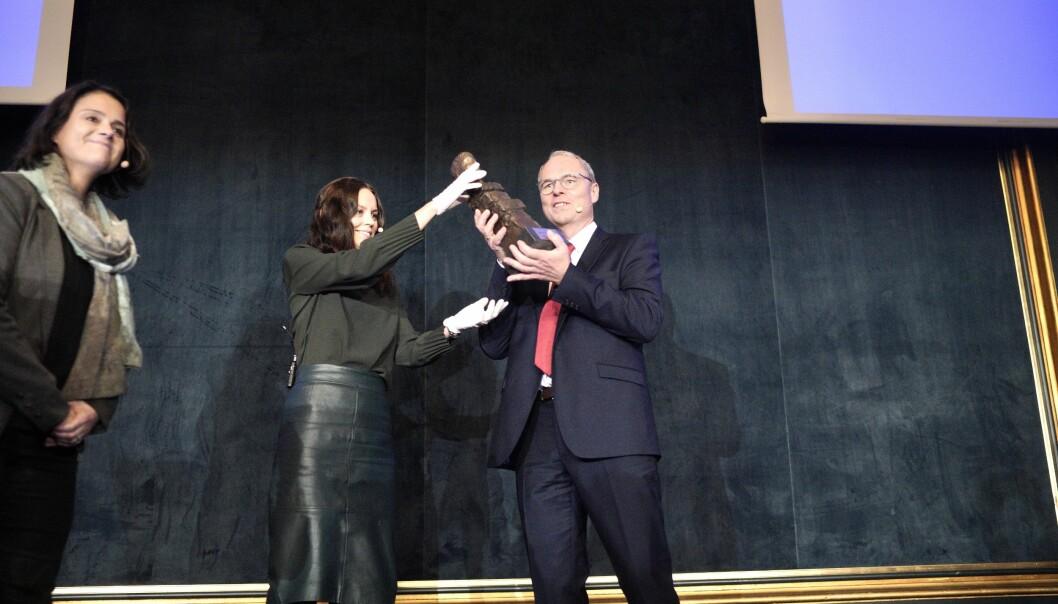 Juss professor Hans Petter Graver ved Universititete i Oslo mottok Akademikerprisen onsdag.