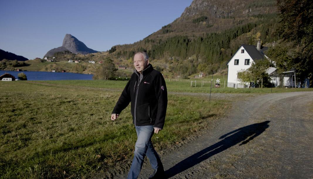 Leiaren ved Kjemisk institutt på UiB reagerar på Khronos intervju med klimakriseskeptikar Olav Martin Kvalheim (biletet).