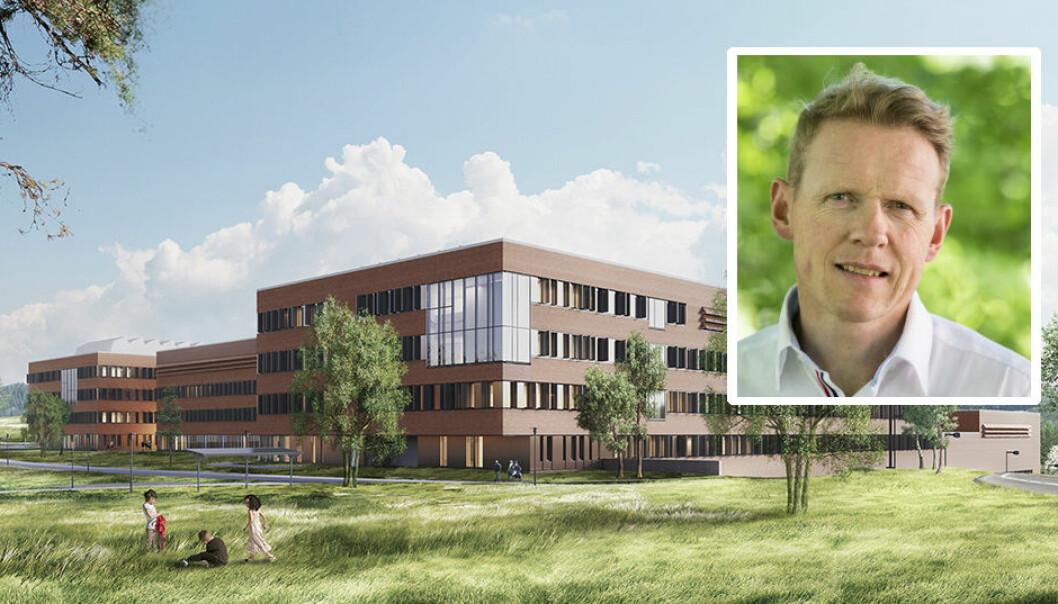 NMBU-direktør Lars Atle Holm finner det er svært uheldig at universitetet og alle ansatte nå må forholde seg til nok en forsinkelse i overtakelsen av veterinærbyggene i Ås.