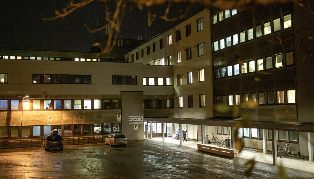 Hammerfest har hatt et stort smitteutbrudd, og sykehuset er stengt. Det gjorde at sykepleiestudentene også måtte gå hjem.