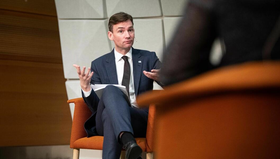 Forskings- og høgare utdanningsminister Henrik Asheim vil legge pengar i å betre situasjonen for studentane som har fått eit veldig annleis studieår under pandemien.