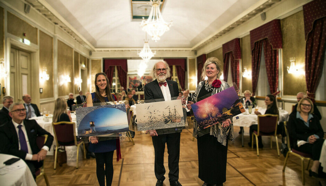 Heidi Elizabeth Klockmann t.v,) Nils Chr. Stenseth og Anne Ryen fikk årets forskerpriser, delt ut av Agder Vitenskapsakademi..