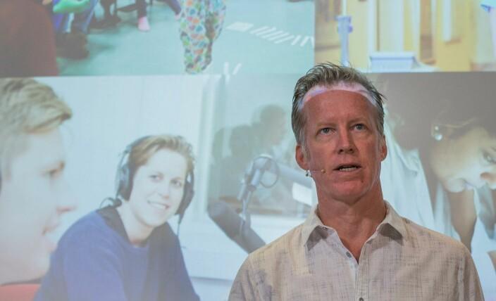 Rektor Curt Rice ønsker seg flere forskere med hijab