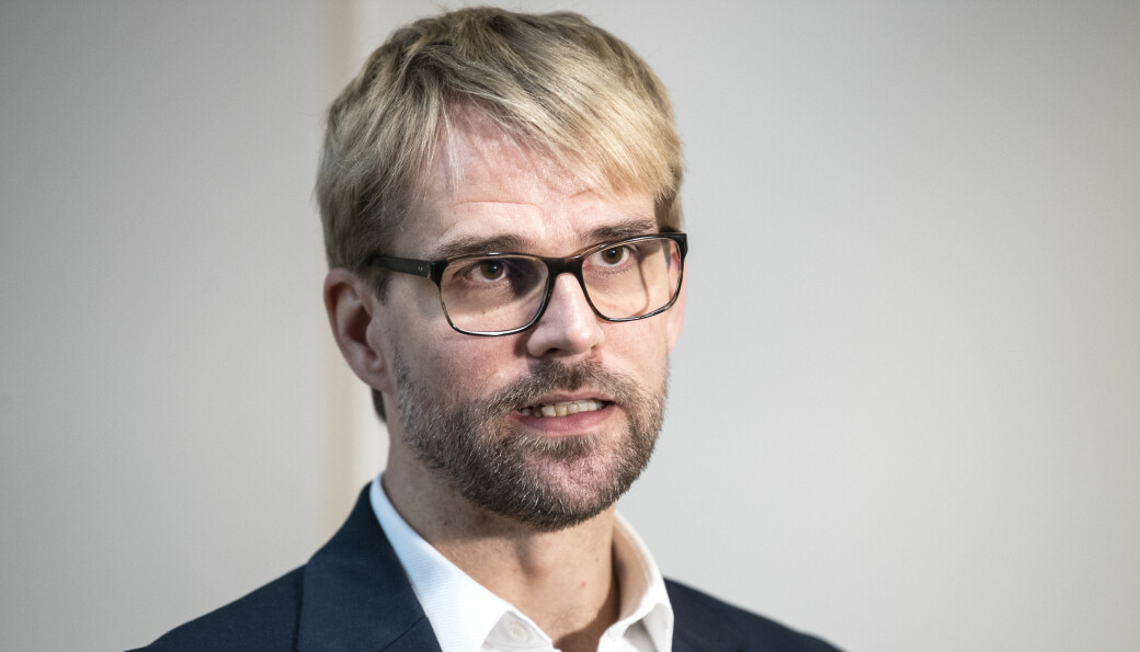 Byrådsleder Roger Valhammer (Ap) legger ned påbud om hjemmekontor for alle som kan ha det i Bergen kommune.