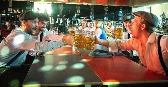 Rusforsker har medynk med studentene: — Festen er helt essensiell