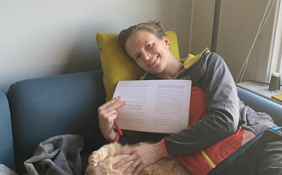 Førsteamanuensis Laura Saetveit Miles ønskjer å kvalifisera seg for professorat - problemet er berre når ho skal få tid til å gjera alt arbeidet som trengs.
