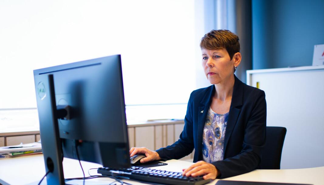 Toppsjef Norunn S. Myklebust i Norsk institutt for naturforskning (Nina) etterlyser en evaluering av fusjoner og sammenslutninger i instituttsektoren. — Vi observerer at det er utfordringer og det er en fare for at disse regnestykkene ikke går i hop, sier Nina-direktøren.