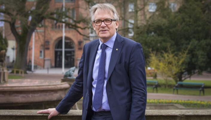 Torbjörn von Schantz, rektor ved Lunds universitet, har skrevet flere leserinnlegg om saken i svensk media, etter at han avskjediget Taylor fra hennes forskerstilling.