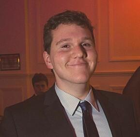 Joseph David Blacklock, australsk masterstudent i Oslo. Fortviler over karantenekrav.