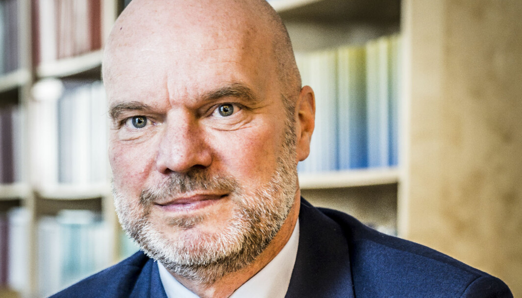 Fredrik Sjöholm mener flere små, nye universiteter og høgskoler har ført til dårligere undervisnings- og forskningskvalitet i Sverige.