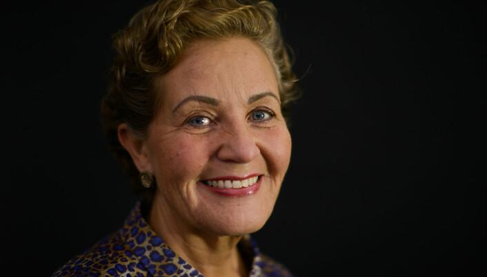 Lisbeth Wathne Svinø stiller som rektor.