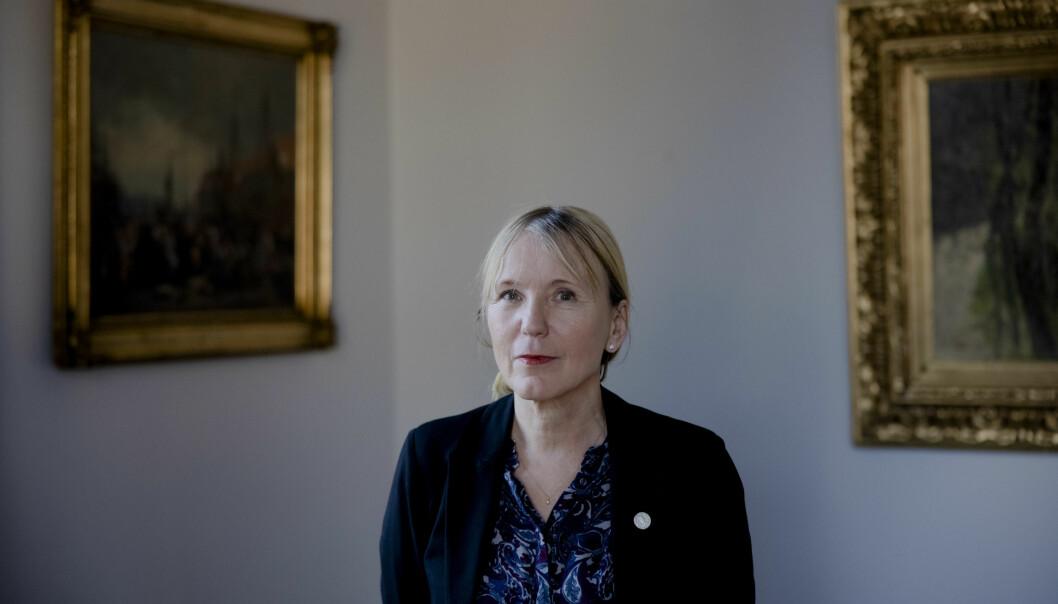 Rektor ved Universitetet i Bergen, Margareth Hagen, mener at hvordan kortere utdanningstilbud skal finansieres må avklares.