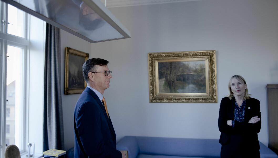 Nyslått rektor Margareth Hagen ved UiB vil ikke gå inn på samarbeidsforholdet til tidligere rektor Dag Rune Olsen.