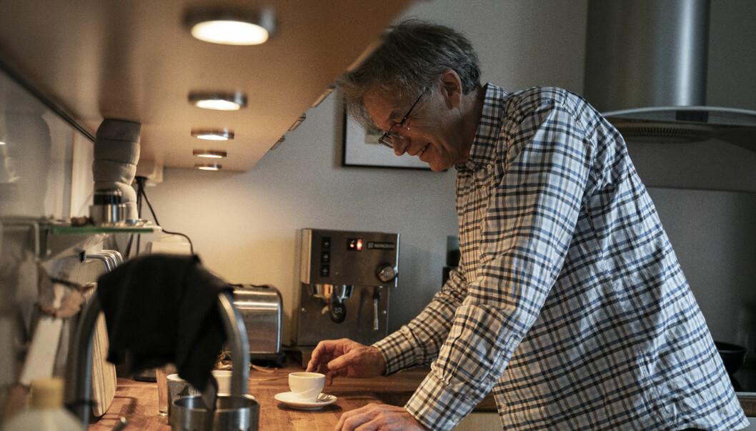 Seniorforsker Stein Tønnesson (67) er historiker og var fra 2001 til 2009 direktør ved fredsforskningsinstituttet PRIO. Han fikk ikke tildeling av forskningsmidler i 2020 heller og nå går han av med pensjon. Og han sender en viktig beskjed til Forskningsrådet.
