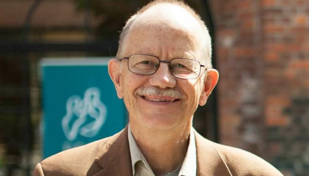 Nils Petter Gleditsch er forsker på Institutt for fredsforskning (PRIO), professor emeritus i statsvitenskap ved NTNU og tidligere mangeårig redaktør av Journal of Peace Research.