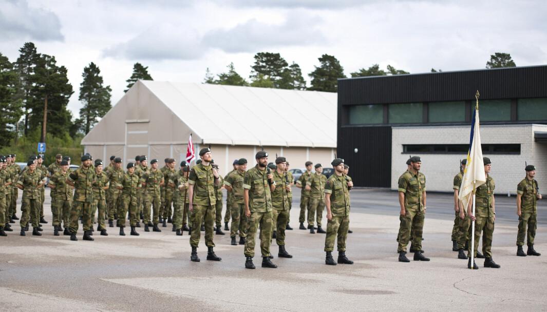 Kadetter på Krigsskolen i Oslo under oppstilling.
