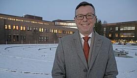 Dag Rune Olsen er i gang i en 15 prosent rådgiverstilling ved UiT i påvente av å overta rektorstillingen 1.august.