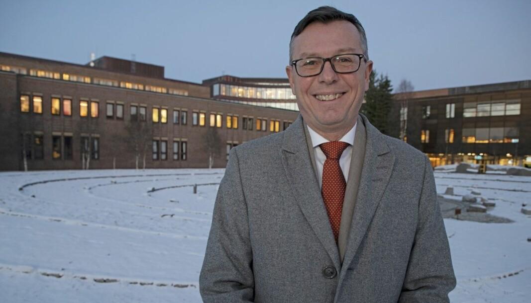 Dag Rune Olsen begynner som rektor ved UiT 1. august, men allerede mandag 1. februar skal han i gang som seniorrådgiver ved universitetet.