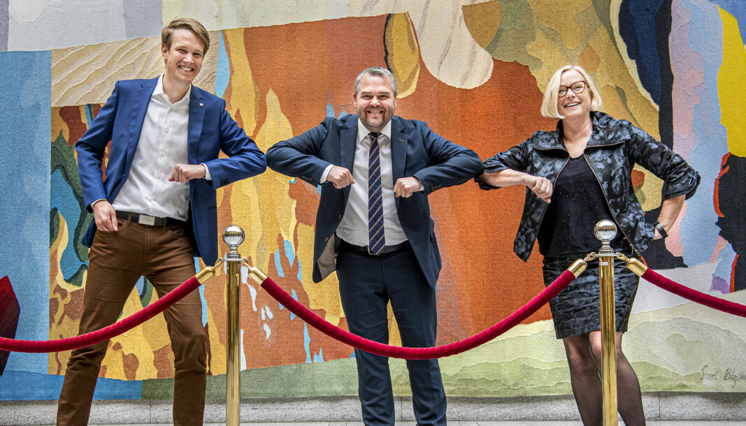 Glad allianse: Torstein Tvedt Solberg, Roy Steffensen, Frp, og Marit Arnstad, var glade for å sikre flertall for endring av finansiering koblet mot arbeidslivsrelevans i mai 2020.