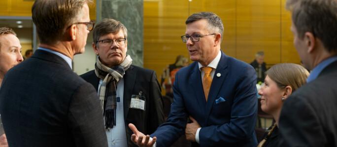 Ny lov om universiteter og høgskoler. Dag Rune Olsen, Svein Stølen,Curt Rice diskuterer forslag da de ble lagt fram i februar 2020.