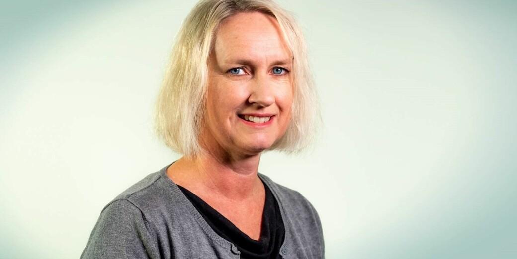 Brita Høyalnd har mellom anna forska på korleis lærarar sine talespråklege praksisar går føre seg i møte med minoritetsspråklege elevar.
