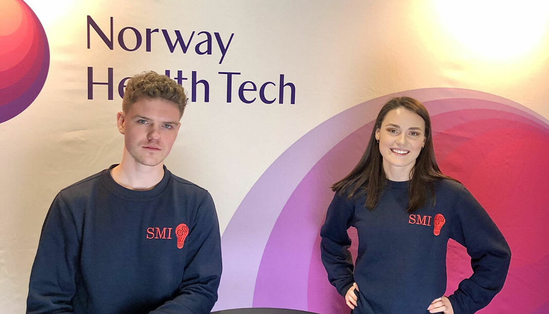 Grunnleggeren av Studentforeningen for medisinsk innovasjon, Mathias Kaurstad Morthen og dagens leder av foreningen, Kaisa Filtvedt.