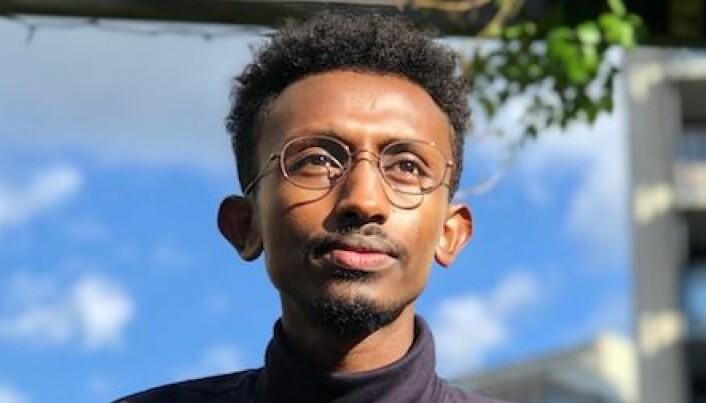 Ahmed Ali fullførte bachelor i barnevern på normert tid våren 2020 ved Høgskolen i Innlandet.