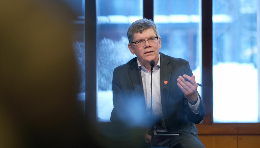 Rektor Svein Stølen ved Universitetet i Oslo er en av universitetslederne som snakket under det internasjonale nettforumet.