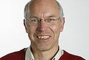 UiO-forsker Finn Erhard Johannessen mener det er grunn til å få vurdert om boka bryter med forskningsetiske normer.