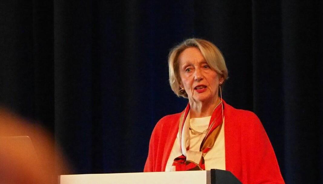 Professor emerita Anne Inger Helmen Borge er medlem i det Europeiske forskningsrådets etikkutvalg. Hun mener det er umulig for UiS å la være å behandle klagen som er fremsatt mot boken om Aleksander Kielland-granskingen.