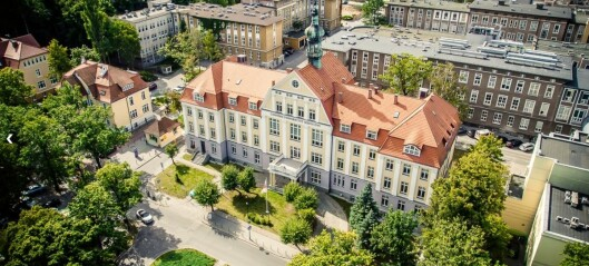 Polsk professor avslørt. Stryker studenter for å øke inntjeningen