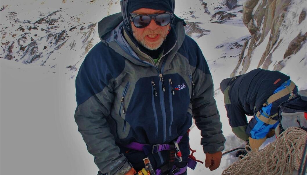 Oppstiging mot Larkya Peak, på over 6000 meters høgde i Nepal.