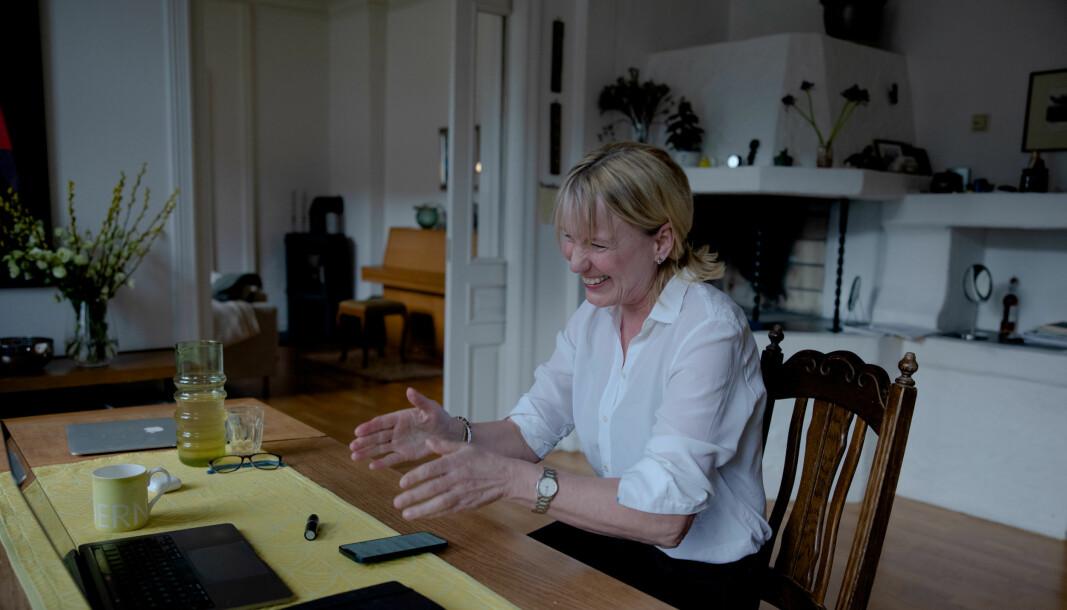 Denne uka vant Margareth Hagen og hennes team rektorvalget på Universitetet i Bergen, her fotografert få sekunder etter at hun har fått beskjed om utfallet. Hagen hadde vunnet selv om alle ansatt-stemmer hadde telt likt.