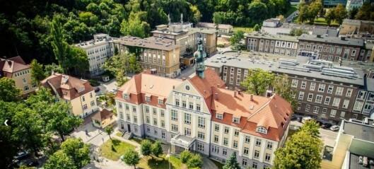 Polsk «stryk-professor» har fått sparken