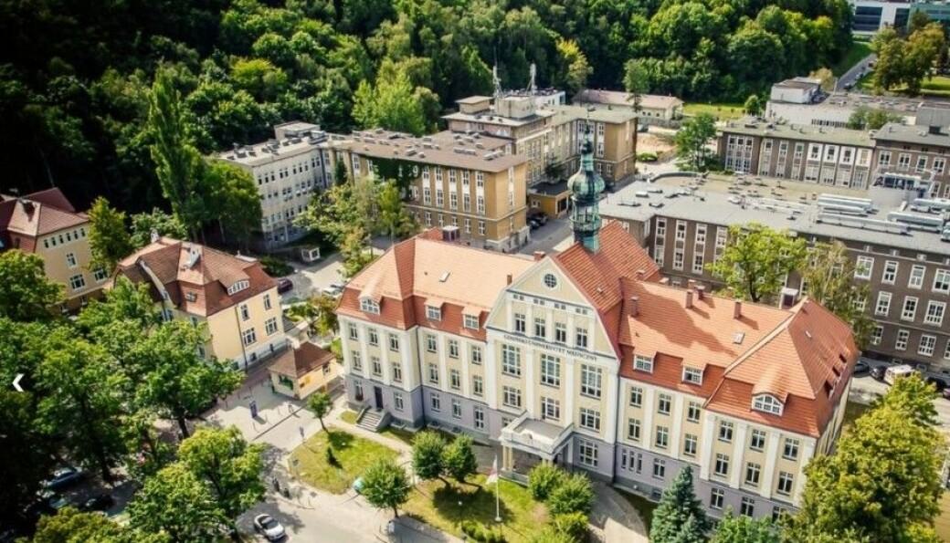 Stryk-skandalen som rammet det polske medisinske universitetet i Gdansk har fått konsekvenser etter studentenes avsløringer.