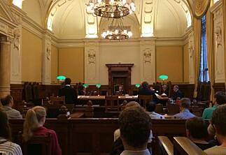 Flere studenter trekker staten for retten etter fusk og utestenging