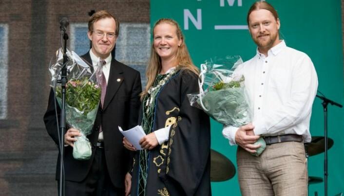 Årets forelesere 2016/2017 sammen med daværende rektor Mari Sundli Tveit, Erling Olaf Koppang og Ronny Steen.