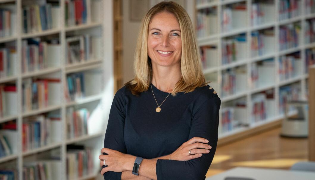 Annette Veberg Dahl har vært prorektor ved Høgskolen i Østfold siden høsten 2019. Nå er hun ansatt for en ny fireårsperiode.