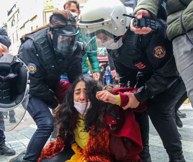 Studentene protesterte mot ny rektor for universitetet, nå trues de med fengsel