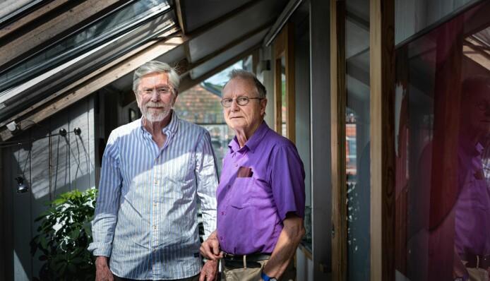 — Vi er to utrolig privilegerte pensjonerte professorer, mener Knut Halvorsen (t.v.). Her sammen med medforfatter og mangeårig kollega Steinar Stjernø og økte forskjeller i Norge overrasket dem.