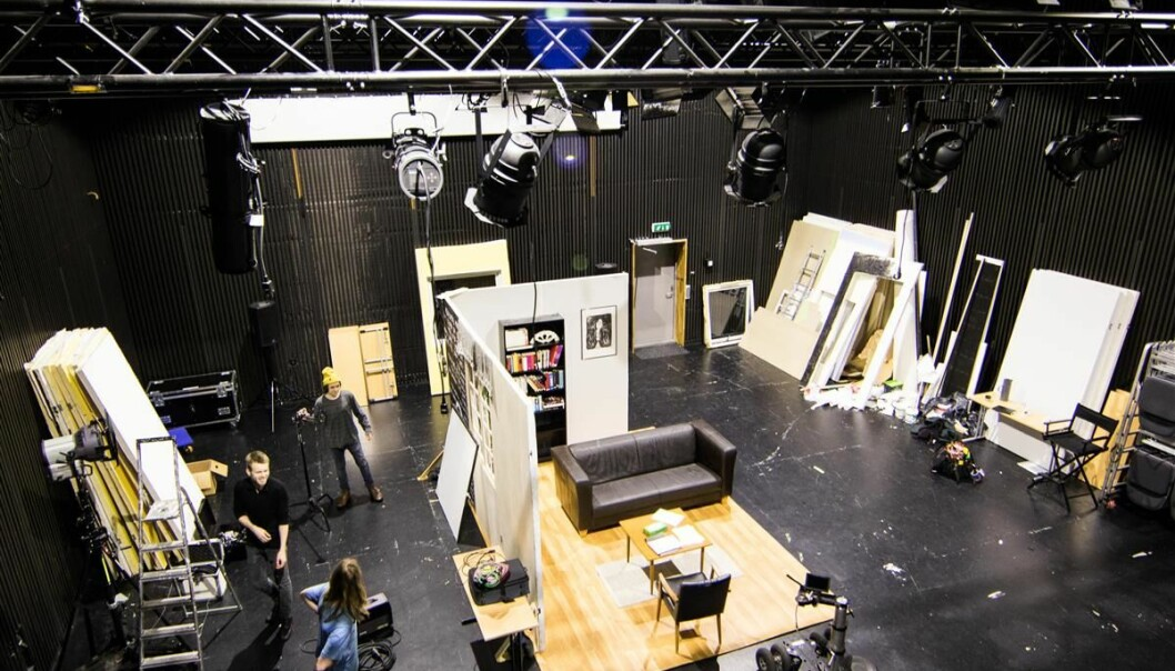 Nordland kunst- og filmhøgskole ser ut til å være sikret videre drift etter at Nordland fylkeskommune og UiT har inngått en intensjonsavtale. Her fra skolens lokaler i Kalbelvåg.