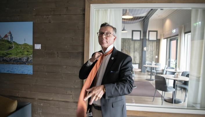 UiT-rektor Dag Rune Olsen er ikke enig med sin forgjenger Anne Husebekk om at det bør innføres én felles toppstilling.