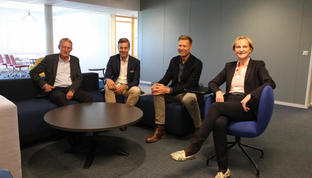 Fire toppsjefer som utreder samarbeid eller sammenslåing. Tor-Petter Johnsen, NIVA, Nils Morten Huseby, IFE, Lars Andresen, NGI og Kari Nygaard, NILU