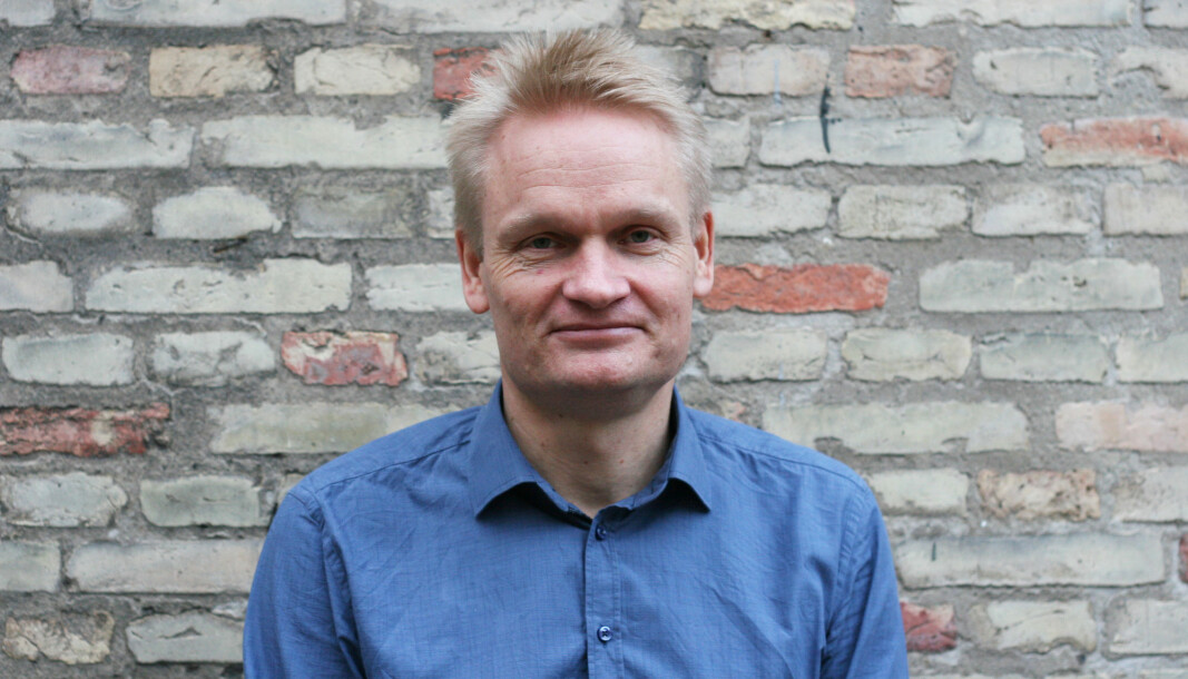 Ved spesielt alvorlige situasjoner bør universitetet politianmelde trusler mot forskerne sine, mener visedirektør Jasper Steen Winkel ved Københavns Universite (KU). .