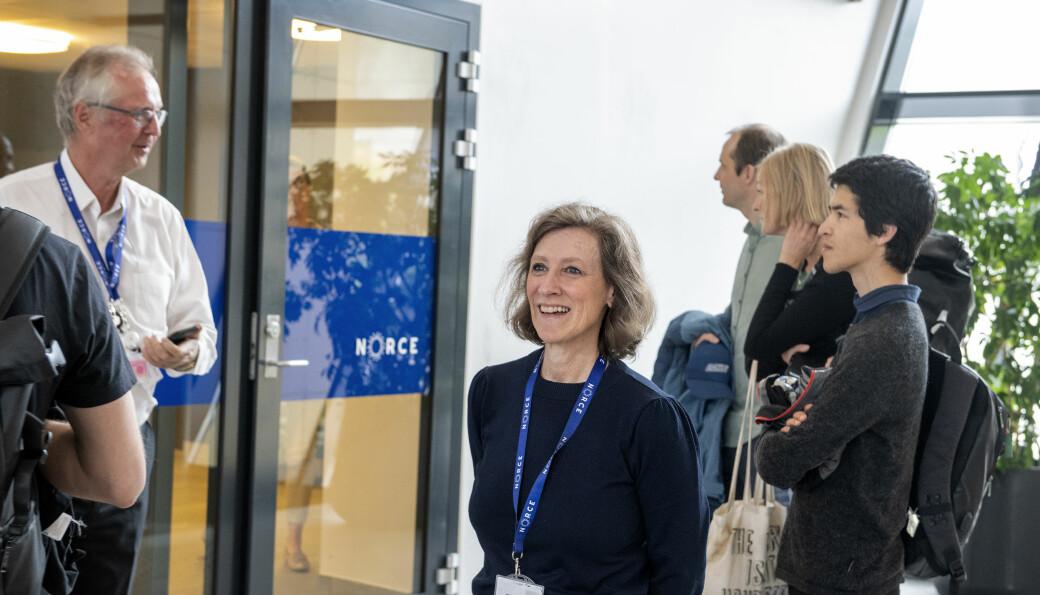 Sittende konsernsjeThor Arne Håverstad (t.v.) i Norce kan fornøyd overlate stolen til påtroppende toppsjef Kristin Wallevik med en kraftig resultatforbedring i 2020.