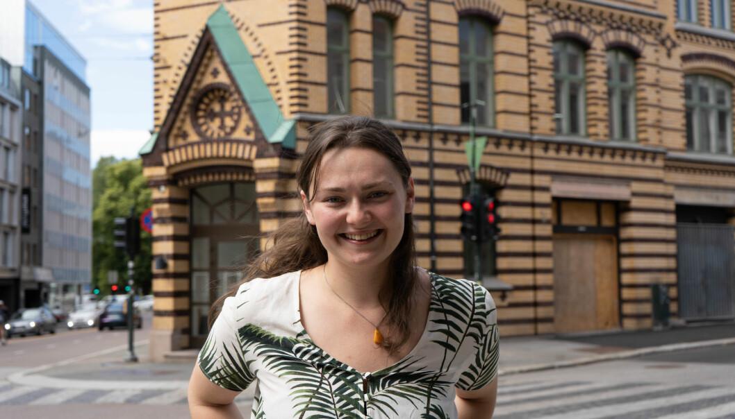 Maika Marie Godal Dam, leder Velferdstinget i Oslo og Akershus utenfor det nye studenthuset St. Olavs Gate 23.