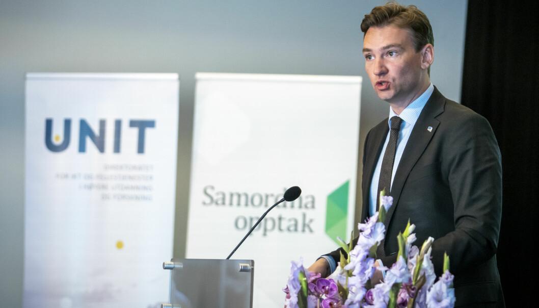 Forskings- og høgare utdanningsminister Henrik Asheim leiar eit departement som ikkje nyttar nok nynorsk. Det gjer heller ikkje Unit, eit av direktorata i sektoren.