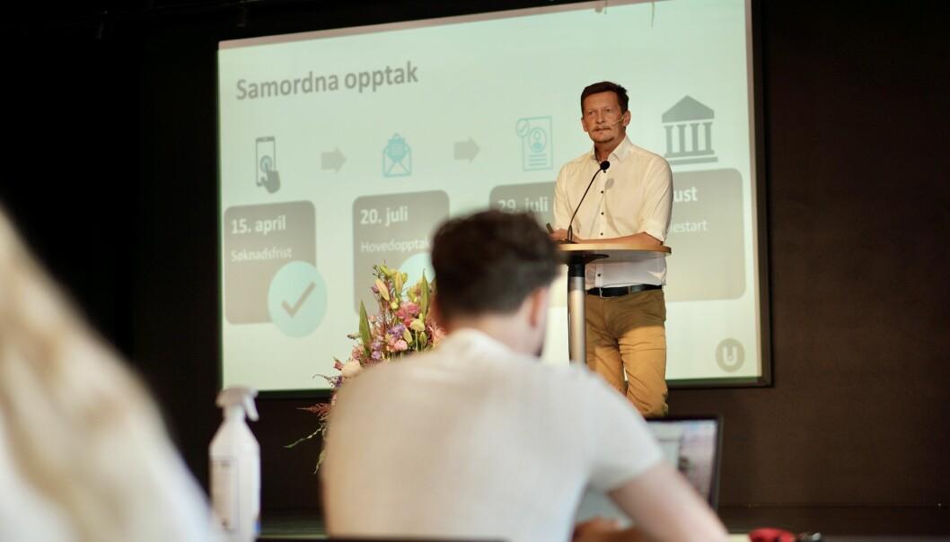 Direktør for utdanningstjenester i Unit, Terje Mørland, la fredag formiddag fram hovedtallene for årets opptak til høyere utdanning.