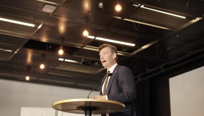 Statsråd Henrik Asheim kommenterer opptakstall.