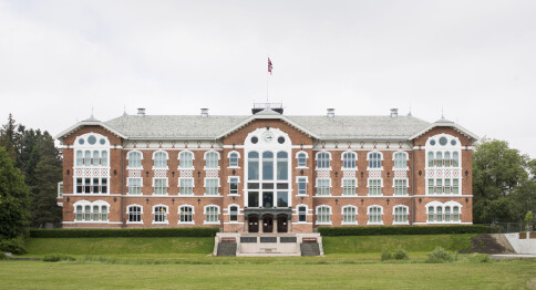 FHI snur om studentvaksiner ved universitet